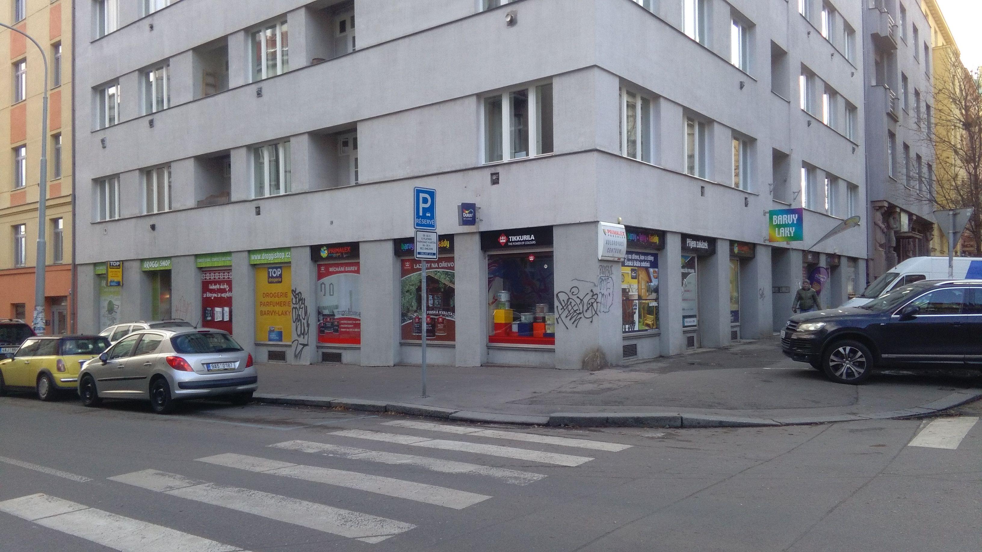 Praha 3 -  Ondříčkova 12 (DROGGI SHOP)