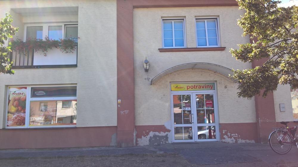 Pobočka Olomouc, Náves Svobody 6 (Potraviny Hruška)
