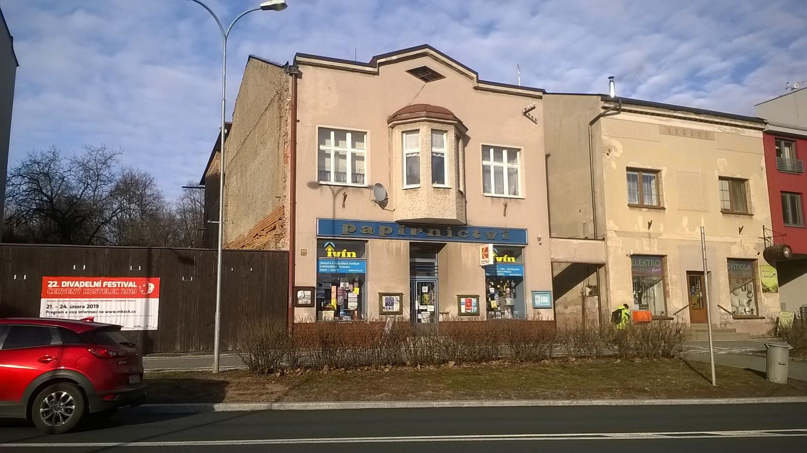 Pobočka Červený Kostelec, Nám. T.G. Masaryka 93 (Papírnictví Ivín)