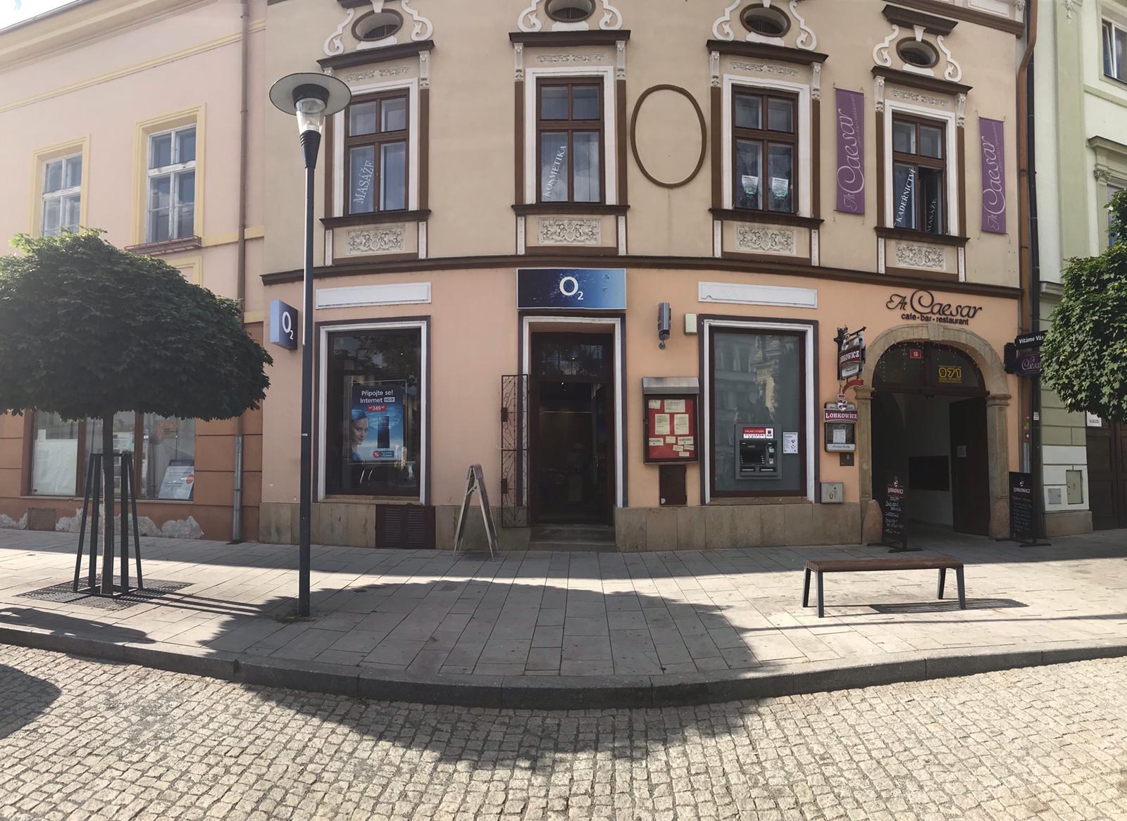 Pobočka Uničov, Masarykovo náměstí 18 (O2)