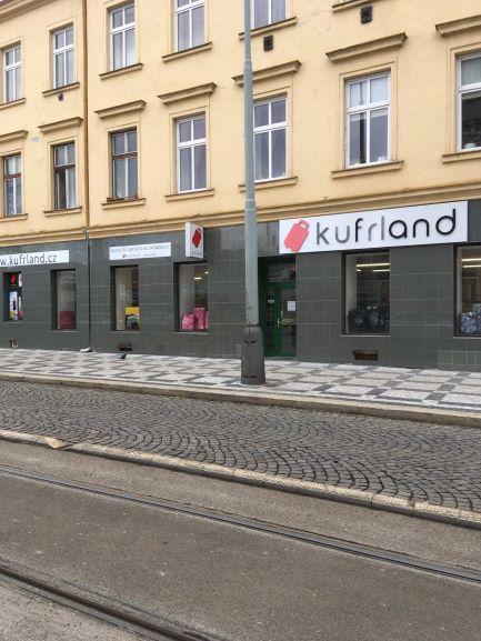 Pobočka Praha 5, Nádražní 39/76 (Kufrland)