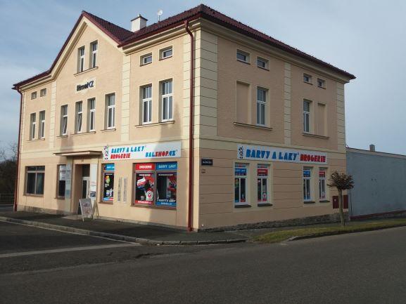 Pobočka Nové Město nad Metují, Nádražní 219 (BARVY A LAKY DROGERIE)